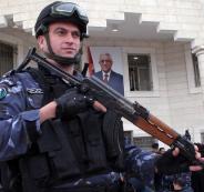 القبض على سيدة في رام الله نصبت على 25 مواطن بمبلغ مالي كبير