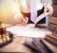 محامون متدربون والنقابة