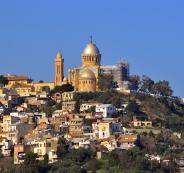 الجزائر والدراسة وفلسطين