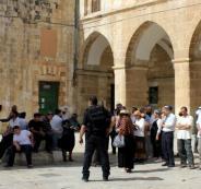 عشرات المستوطنين يقتحمون باحات الأقصى