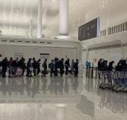 الفلسطينيين العالقين في المطارات