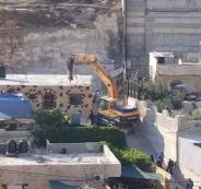 جرافات الاحتلال تهدم منزلين في سلوان بالقدس