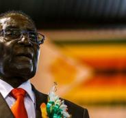 رئيس زيمبابوي روبرت موغابي يوافق على التنحي من منصبه