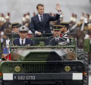 الرئيس الفرنسي يهدد النظام السوري