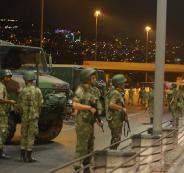 اعتقال جنود اتراك