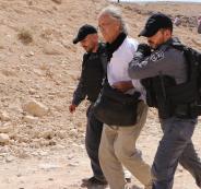ترحيل الناشط رومانو بعد اعتقاله في الخان الاحمر