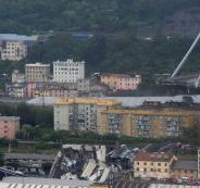 انهيار جسر في مدينة جنوى الايطالية