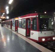 لاجئة عراقية ترفض جائزة بعد تسليمها مبلغاً ضخماً وجدته في مترو بألمانيا