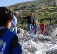 جرافات الاحتلال تهدم منزلين في القدس
