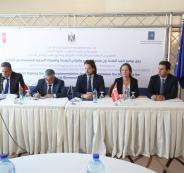 اتفاقيات لتنفيذ مشاريع بنية تحتية في مناطق