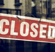 اغلاق مكتب سياحة في رام الله