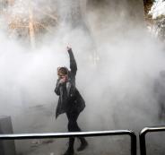 النظام الإيراني يحجب بعض مواقع التواصل الاجتماعي نظراً لارتفاع حدة الاحتجاجات
