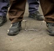 زيارة الاسرى في السجون الاسرائيلية