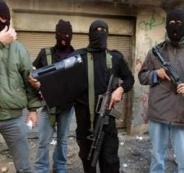 مسلحين يطلقون النار في مخيم جنين