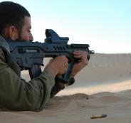 الاستيلاء على سلاح جندي اسرائيلي في غزة