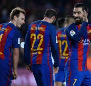 لاعب برشلونة ينتقد قرار ترامب