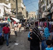 ليلة دامية في مخيم صبرا للاجئين الفلسطينيين بلبنان
