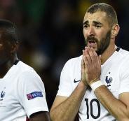 بنزيما يرفض تمثيل فرنسا في ظل وجود ديشامب