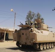 مسلحون يهاجمون موقعين عسكريين للجيش المصري بسيناء