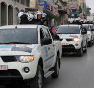 اتلاف مركبات غير قانونية واعتقال مطلوبين في رام الله