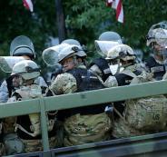 الجيش الامريكي والتظاهرات