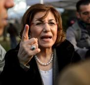 مستشارة الأسد تشترط على المعارضة: إلقاء السلاح ثم الذهاب للحوار