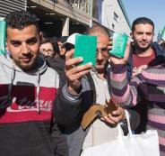 منح تصاريح للفلسطينيين في الضفة الغربية