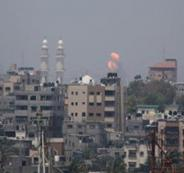 طائرة اسرائيلية تقصف هدفا في غزة