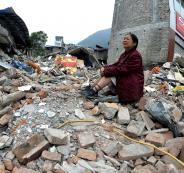 زلزال يضرب اندونيسيا