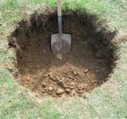 مقتل فتاة ودفنها في الخليل