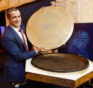 أكبر طبق للكافيار في العالم بدبي