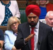 نائب بريطاني سيخي يطالب جونسون بالاعتذار للمسلمين
