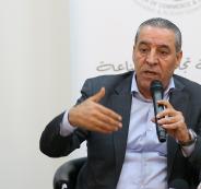 حسين الشيخ ووزير اسرائيلي