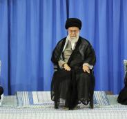 أحمدي نجاد يتهم مرشد النظام الإيراني بنهب 190 مليار دولار