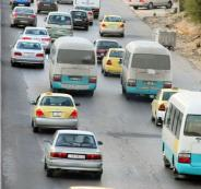 وزير الاتصالات الأردني يستخدم وسيلة النقل العام