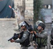 الاحتلال يقمع مسيرة انطلقت إحياءً لذكرى مجزرة الحرم الابراهيمي في الخليل