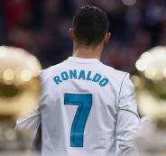 رونالدو وقميص ريال مدريد