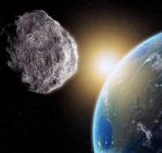 كويكب ضخم يمر قرب الارض