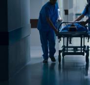المسؤولون الفلسطينيون يعالجون في مستشفيات الضفة