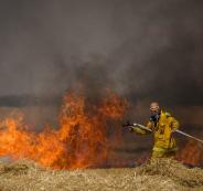 حرائق في غلاف غزة