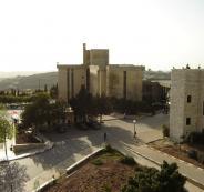 نقابة العاملين في الجامعات الفلسطينية تهدد بإعلان الاضراب المفتوح
