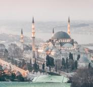 الطلبة والعالقين الفلسطينيين في تركيا