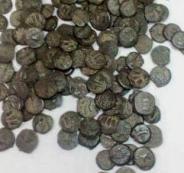 الشرطة تضبط 633 قطعة أثرية تعود لعصور مختلفة في بيت لحم