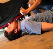 إصابة شاب بجروح إثر طعنه والاعتداء عليه بالضرب جنوب قلقيلية