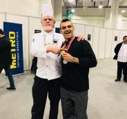 فلسطيني من نابلس يحرز الجائزة الذهبية كأفضل طباخ في العالم