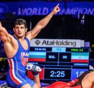 توقيف مصارع إيراني عن اللعب 6 أشهر لرفضة منازلة إسرائيلي