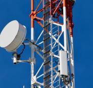 اسرائيل وشركات الاتصالات والضفة الغربية