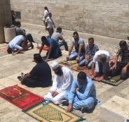 ابعاد مواطنين عن الصلاة في الاقصى