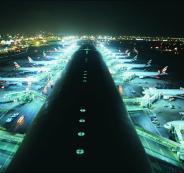 توقف وزير اسرائيلي في مطار دبي