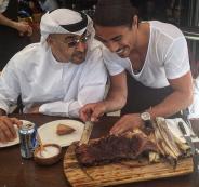 الطاهي التركي نصرت وولي عهد ابو ظبي